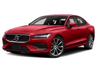 2020 Volvo S60 T5 Momentum Sedan