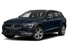 New 2020 Volvo V60 Cross Country T5 Wagon Grand Rapids