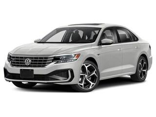 2020 Volkswagen Passat 2.0T R-Line Car