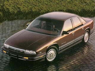 1992 Buick Regal Custom (STD is Estimated) Sedan