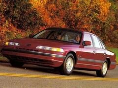 1992 Ford Crown Victoria Base Sedan