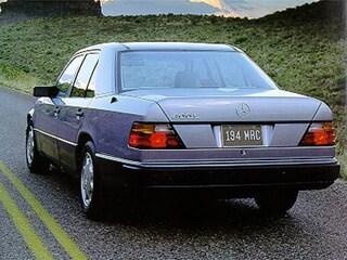 1992 Mercedes-Benz 400 400E Sedan