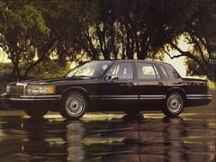 1993 Lincoln Town Car Executive Executive  Sedan