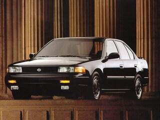 1993 Nissan Maxima GXE Sedan