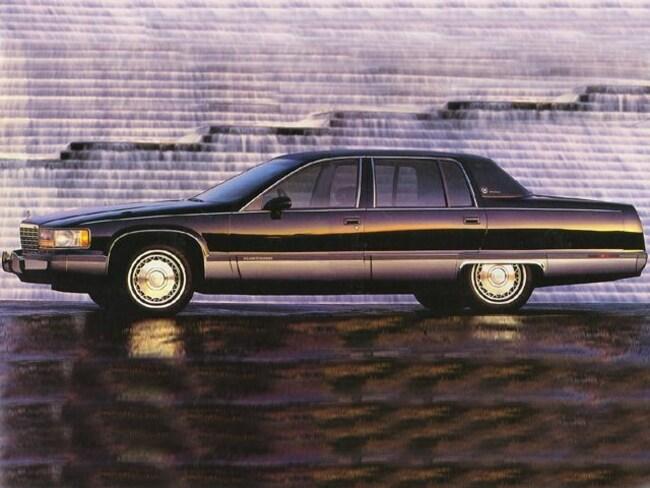1994 CADILLAC FLEETWOOD Base Sedan