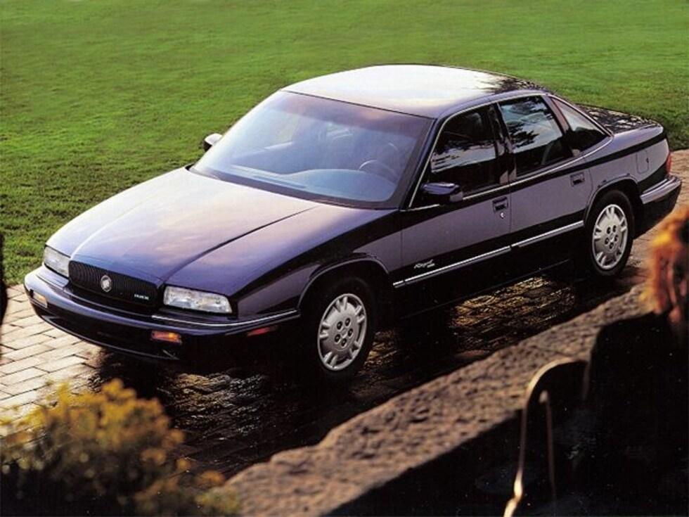 1995 Buick Regal Custom Sedan Classic Car For Sale in Sioux Falls, South Dakota