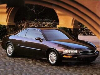 1995 Buick Riviera Base Coupe
