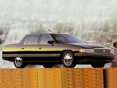 1995 CADILLAC DEVILLE Base Sedan