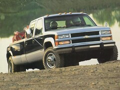 1995 Chevrolet C3500 Cheyenne Fleetside 4x2 Crew Cab 8 ft. box 168.5 in Truck Crew Cab