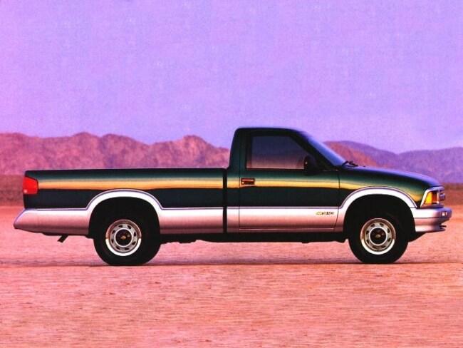 1996 Chevrolet S-10 Regular Cab