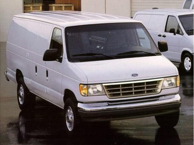 1996 Ford Econoline Cargo Van E-150 138 WB