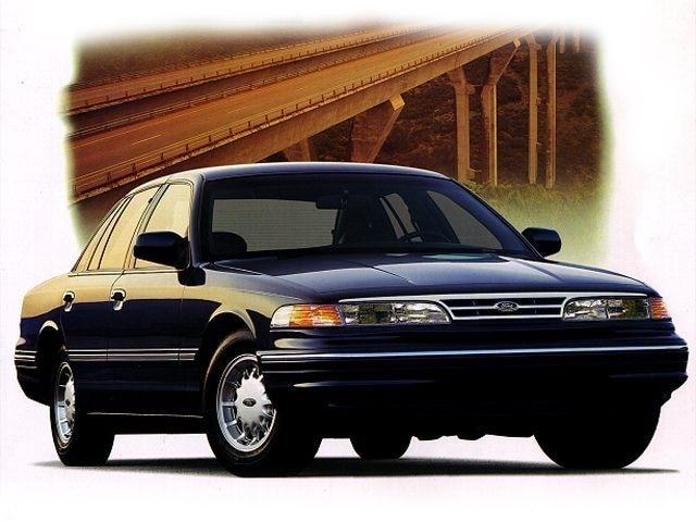 1997 Ford Crown Victoria Base Sedan