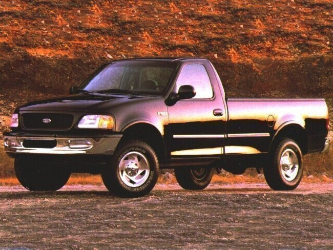 1997 Ford F-150 Regular Cab Truck