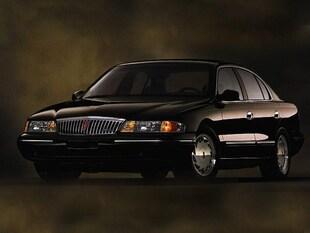 1997 Lincoln Continental Base Sedan