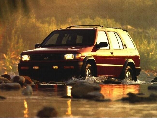 1997 Nissan Pathfinder LE SUV