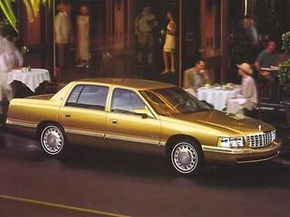 1998 CADILLAC DEVILLE Base Sedan