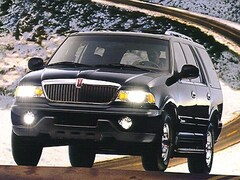 Used Vehicles for sale 1998 Lincoln Navigator 4x4 SUV 5LMFU28L3WLJ04717 in Wahpeton, ND