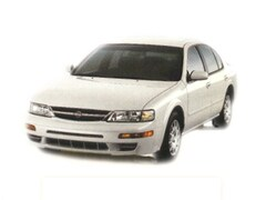Pre-Owned 1998 Nissan Maxima SE Car for sale in Little Rock, AR