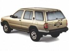 1998 Nissan Pathfinder XE SUV