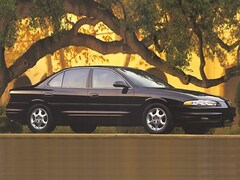 1998 Oldsmobile Intrigue GL Sedan
