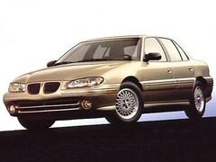 1998 Pontiac Grand Am SE Mid-Size Car