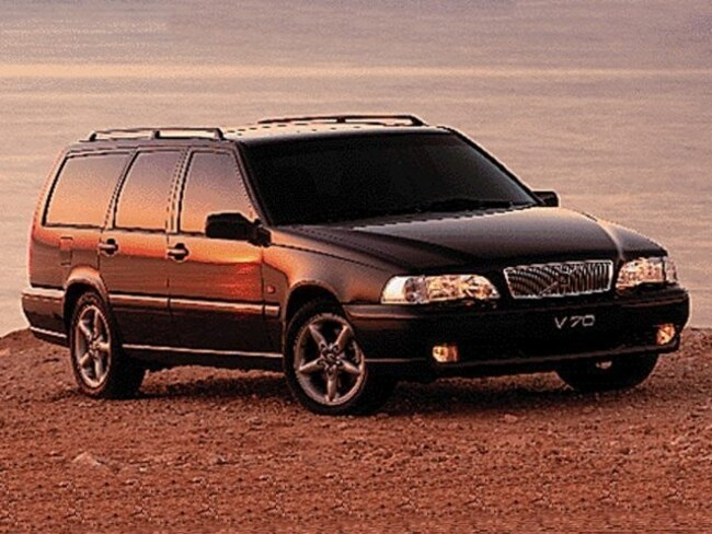 Pre-Owned  1998 Volvo V70 Wagon in Portland, OR