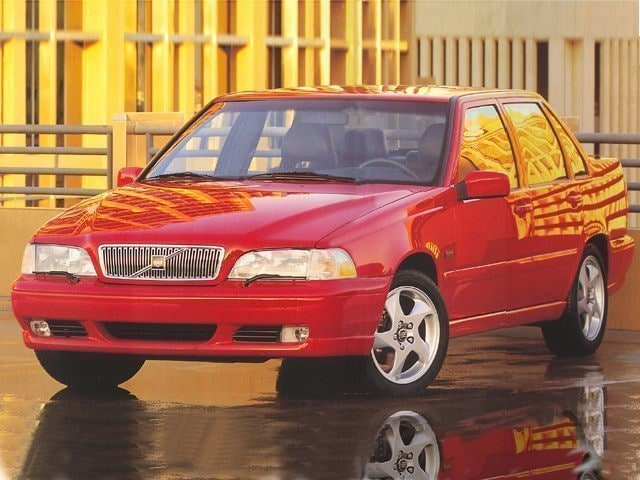 1998 Volvo S70 Base Sedan