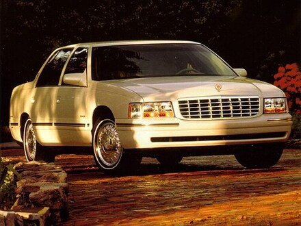 1999 CADILLAC Deville Car