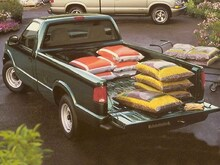 1999 Chevrolet S-10 Truck Regular Cab