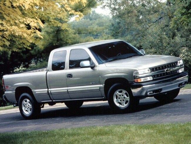 1999 Chevrolet Silverado 1500 LS 4x4 Ext Cab 6.6 ft box Truck