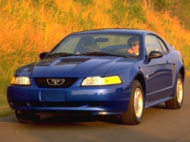 Used 1999 Ford Mustang Base Coupe for Sale in London, KY & Corbin, KY.