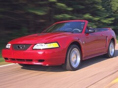 1999 Ford Mustang 2dr Convertible Convertible