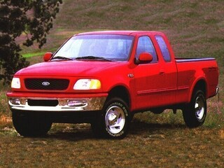 1999 Ford F-150 XL Extended Cab Truck