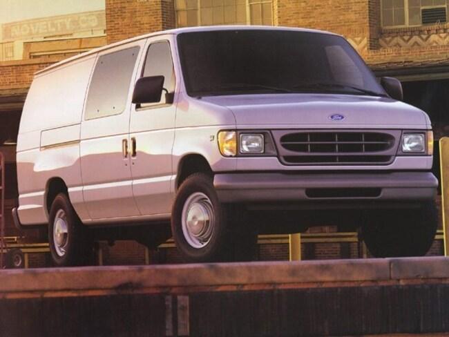 1999 Ford Econoline E-350 Super XLT Full-size Passenger Van