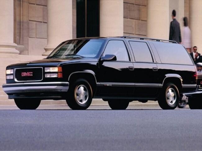 1999 GMC Suburban SUV