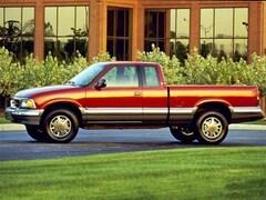 1999 GMC Sonoma SLS Truck