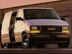 1999 GMC Safari Cargo Van 111.2 WB RWD
