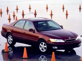 1999 LEXUS ES 300 4dr Sdn Sedan