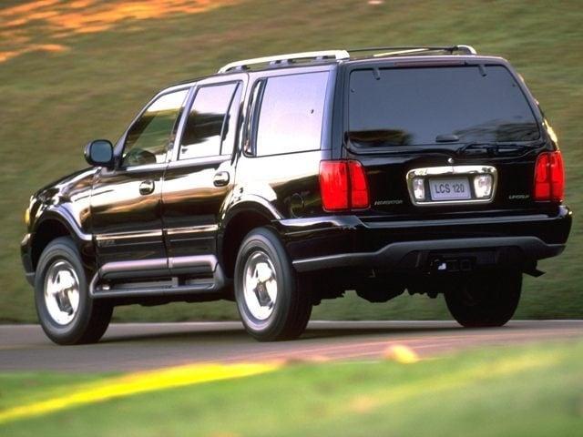 1999 Lincoln Navigator Base SUV