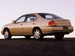 Used 1999 Nissan Altima XE Sedan for sale near you in Tucson, AZ