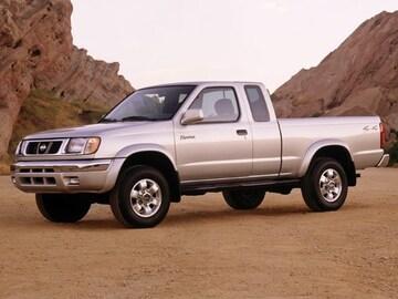 1999 Nissan Frontier Truck