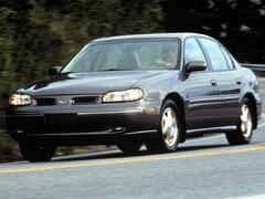 1999 Oldsmobile Cutlass GL Sedan