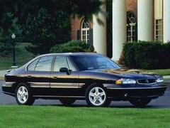 1999 Pontiac Bonneville SE Sedan