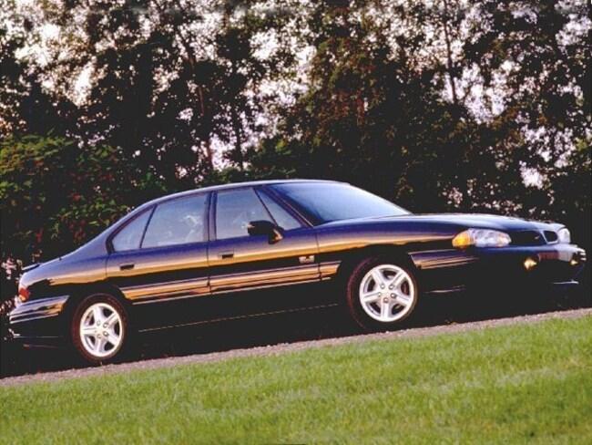 1999 Pontiac Bonneville Sedan