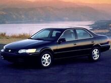 1999 Toyota Camry XLE Sedan
