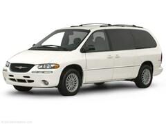 2000 Chrysler Town & Country LXi Minivan/Van