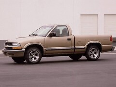 Used 2000 Chevrolet S-10 Truck Regular Cab for sale in Knoxville, TN