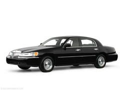2000 Lincoln Town Car Executive Sedan | Budget Cars for Sale in Chambersburg, PA