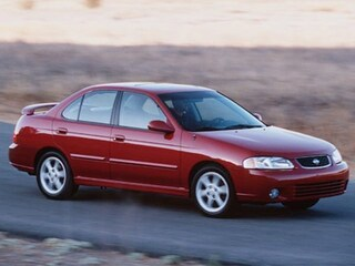2000 Nissan Sentra GXE Car