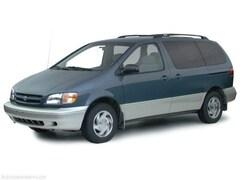 2000 Toyota Sienna LE Van